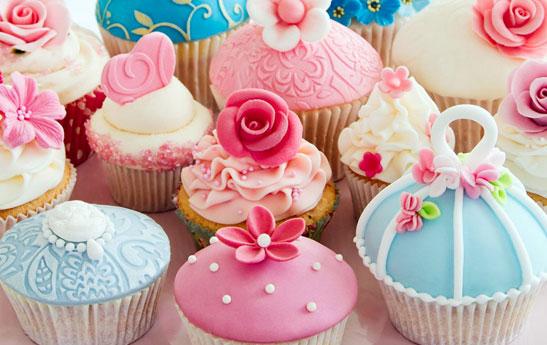 ایام نوروز، مصرف تنقلات و شیرینی
