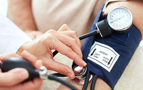 توصیه های غذایی، رفتاری و دارویی برای افراد مبتلا به فشار خون