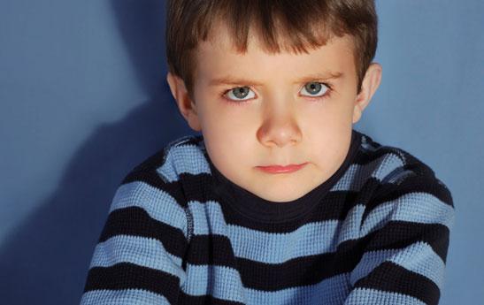 کمک به کودک در عبور از حوادث