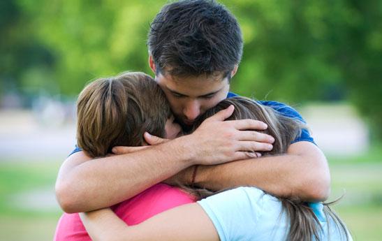 راه های عشق ورزيدن به كودكان