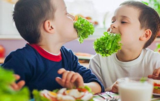 هشدارهای نوروزی به کودکان دیابتی