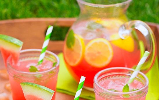 نوشیدنی هندوانه و لیمو