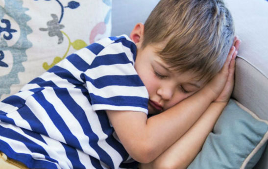 خواب نیمروز در بچه ها