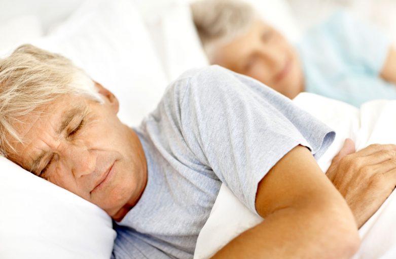 نکاتی مهم درباره خواب سالمندان