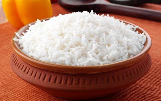 چقدر برنج بخوریم تا شکممان چاق نشود؟