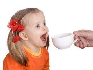 کوکان چای بخورند یا نخورند