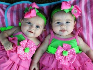 تغذیه با شیر مادر در چندقلوییها (1)