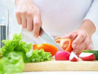 نقش زنان در اصلاح الگوی مصرف مواد غذايی