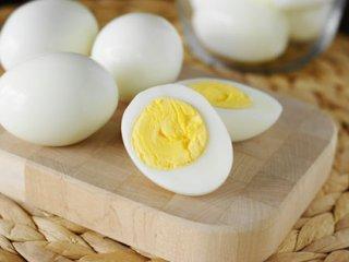 کلسترول تخم مرغ