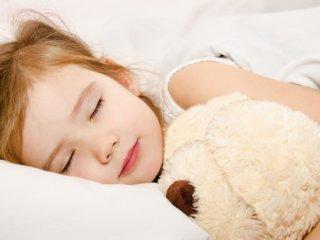برای خواب كودك برنامهريزی كنيد
