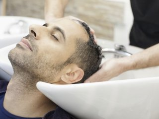 روش صحیح شستو شوی موی سر