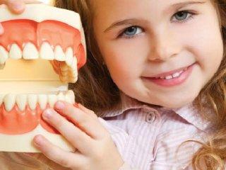 طرح ارتقای سلامت دهان و دندان دانش آموزان سراسر کشور