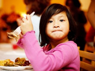 ترغيب كودك به خوردن غذاهای متنوع
