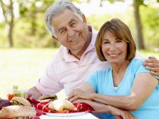 بایدها و نبایدهای نوروزی برای سالمندان
