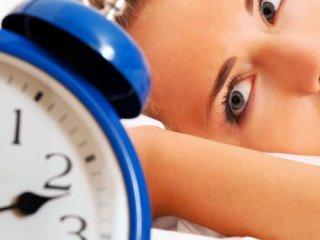 کمخوابی و افزایش پرخوری غذاهای ناسالم