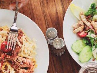 اگر در نوروز به رستوران میروید (1)