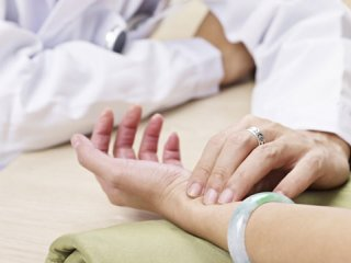 تدابیر طب سنتی برای روزهداری (1)