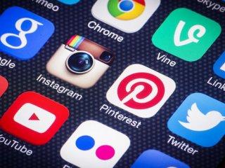 وابستگی به شبکه های اجتماعی خوب یا بد