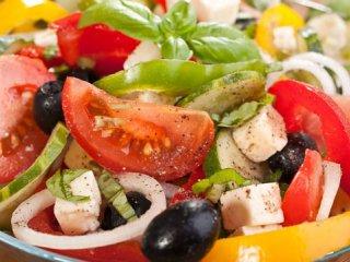 خوراكهای رژیمی سالاد ویژه ماه مبارك رمضان (1)