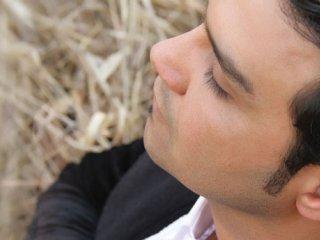 مصاحبه با علیرضا روزگار، خواننده موسیقی پاپ (1)