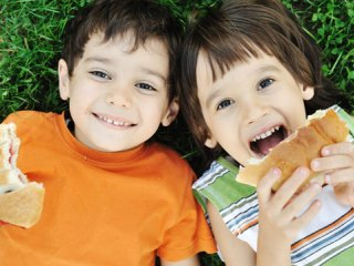 تغذیه در دورانهای پیشدبستانی، دبستان و بلوغ (1)