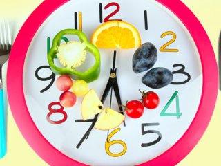 آیا داشتن تغذیه مناسب بر تنظیم ساعت بیولوژیکی بدن موثر است؟