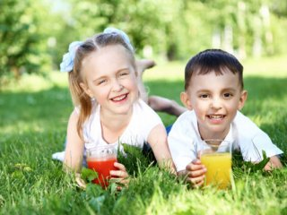 میان وعدههای مفید برای کودکان در تابستان