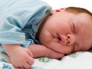 علل زمینه ساز چاقی كودكان قبل از تولد کدامند؟