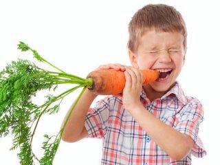 علاقه مند کردن کودک به هویج