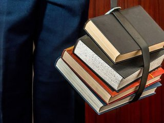 دلایل پایین بودن میزان مطالعه در خانواده های ایرانی