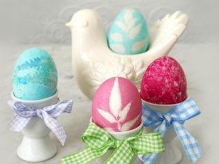 تزئین تخم مرغ با برگ