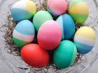رنگ آمیزی تخم مرغ هفت سین با رنگ های غذایی