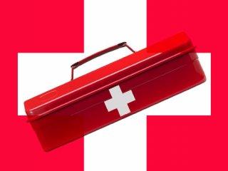 داروهای لازم در سفر و جعبه کمک های اولیه