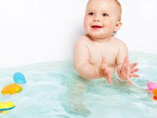 ایمنی کودک در حمام