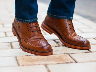 امروز کفشهای قهوهایتان را بپوشید!