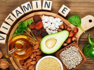 میزان ویتامین E در 100 گرم مواد غذایی