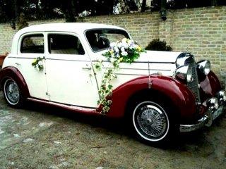 بازار داغ اجاره ماشین عروس کلاسیک با موتور پراید!