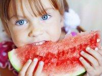 نقش تغذیه در سلامت دهان و دندان