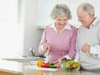 توصيههای نوروزی برای افراد سالمند
