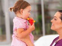 کودک نوپای خود را در صحبت کردن یاری کنید
