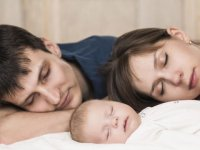 خوابیدن كنار والدین، تا چه زمانی (2)