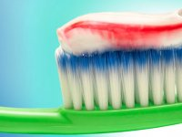 راهنمای انتخاب خمیر دندان مناسب