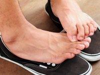 راه حل های خانگی برای از بین بردن بوی بد کفش (1)