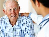 آیا لازم است بیمار را از بیماریاش باخبر کنیم؟