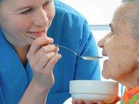 مخاطرات تغذیه ای سالمندان
