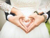 ازدواج با عشق پول