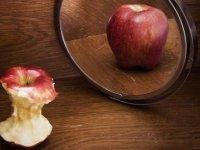 آنورکسیا: وسواس در غذا خوردن