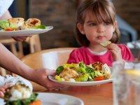 در نوروز از وزن کودک غافل نباشید