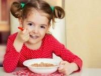 تغذیه مناسب کودکان در تعطیلات
