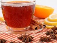 چای را با شیر مخلوط کنیم یا نه؟